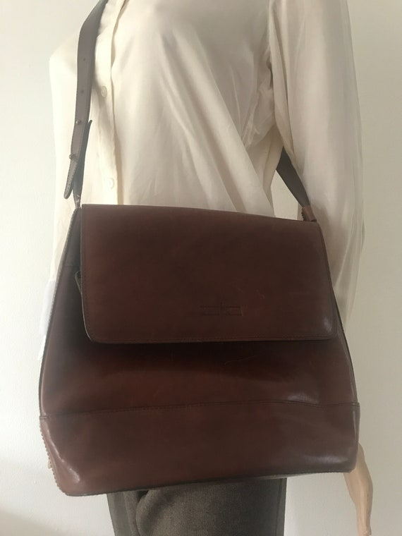 Beautiful vintage Gianni Conti shoulder bag | burgundy leather shoulder bag | designer bag | crossover bag  | Italian bag