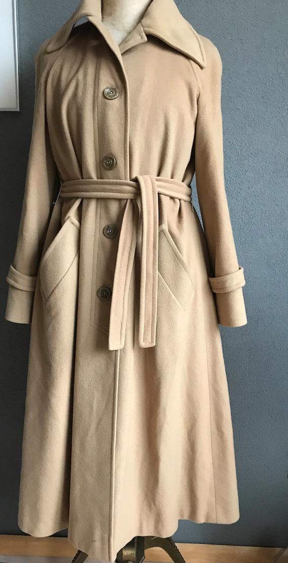 Beautiful vintage camel Jaeger cashmère coat, size EUR 38