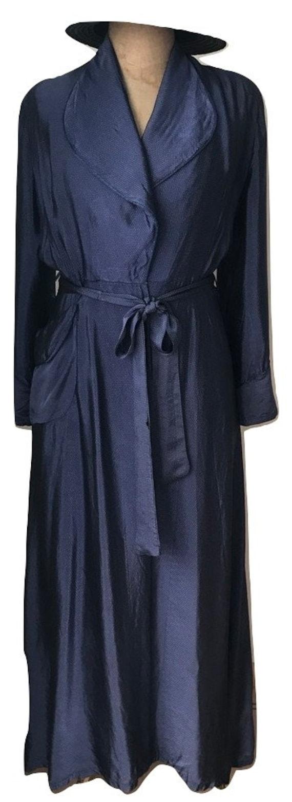 Vintage eighties dressing gown | housecoat | Nieuw Engeland Amsterdam | Dutch | blue | small polkadots | EUR 40