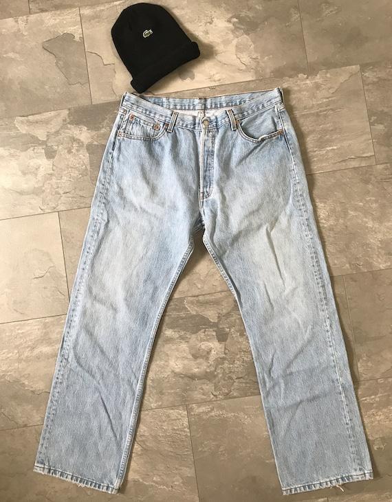 Levi's 501 jeans | high waist Levi's 501 | light blue jeans | vintage Levi's, size W 36 L 32