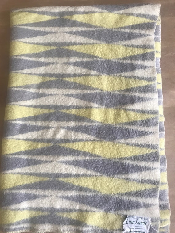 Vintage blanket | Cum Laude | Dutch | wool | blanket | yellow off-white grey | pattern