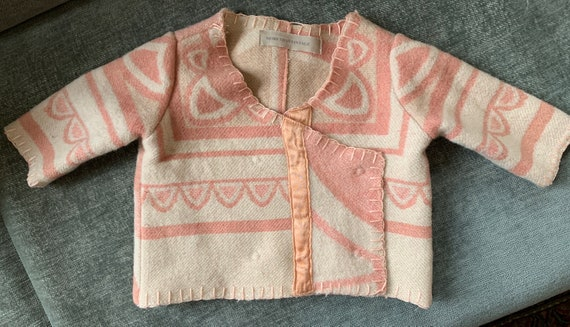 Girls jacket | baby jacket | blanket coat | hand tailored | handmade | pink | recycled | reuse | wool | vest |