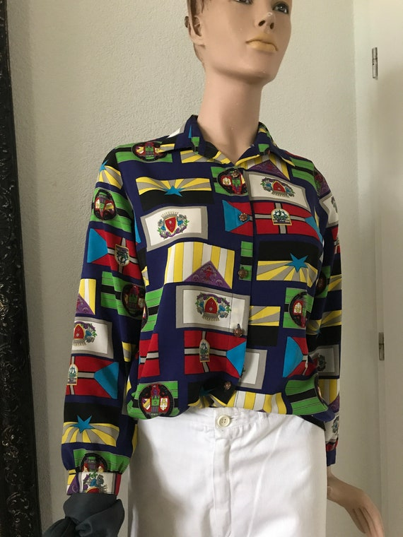 Vintage colorful blouse | shields | flags | shirtwaist | nineties | Chinees brand