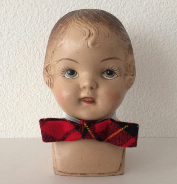 Vintage tartan children's bow tie - new old stock from Belgium