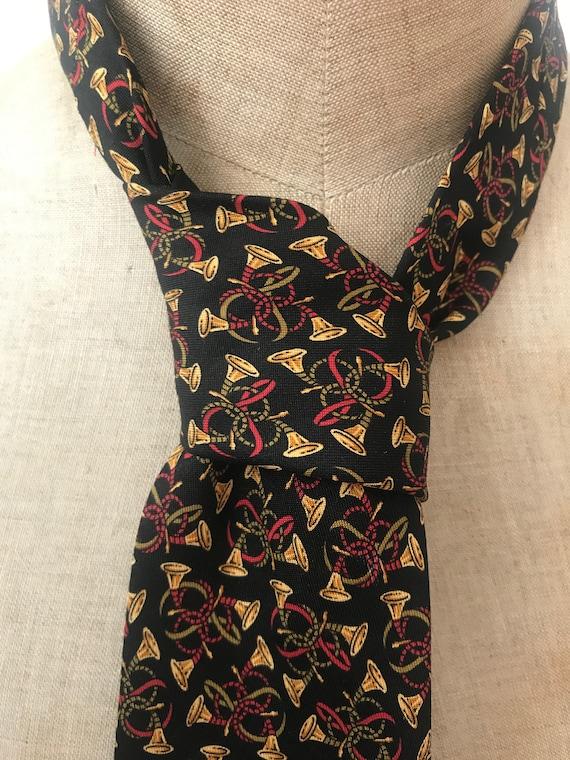 Vintage tie | Salvatore Ferragamo | silk | trumpet| designer | Italian
