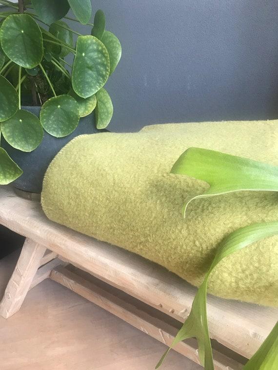 Vintage blanket | Unicum | Dutch | wool | blanket | green yellow |