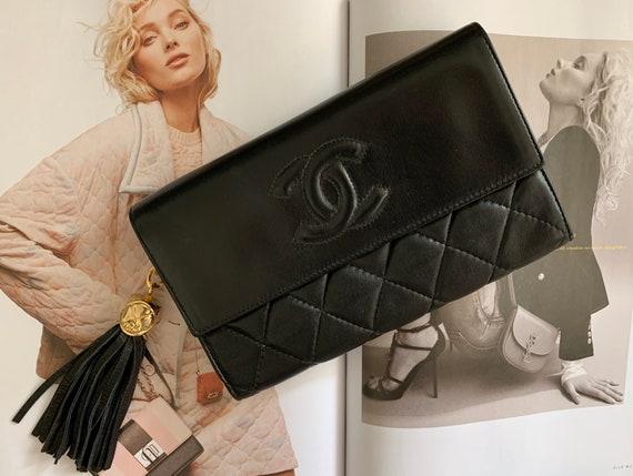 RESERVED till June 4th Vintage Chanel wallet | purse | small bag | designer wallet | CC wallet | billfold | little bag | pouche | clutch