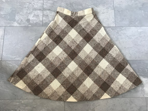 Vintage plaid skirt | flared | Louis London | wool | checkered| designer