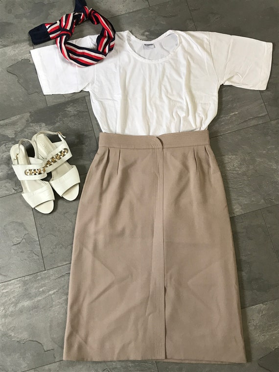 Vintage Louis Féraud skirt | Beige wool skirt | Designer skirt | French designer skirt | Vintage beige skirt | size EUR38 UK10 US6