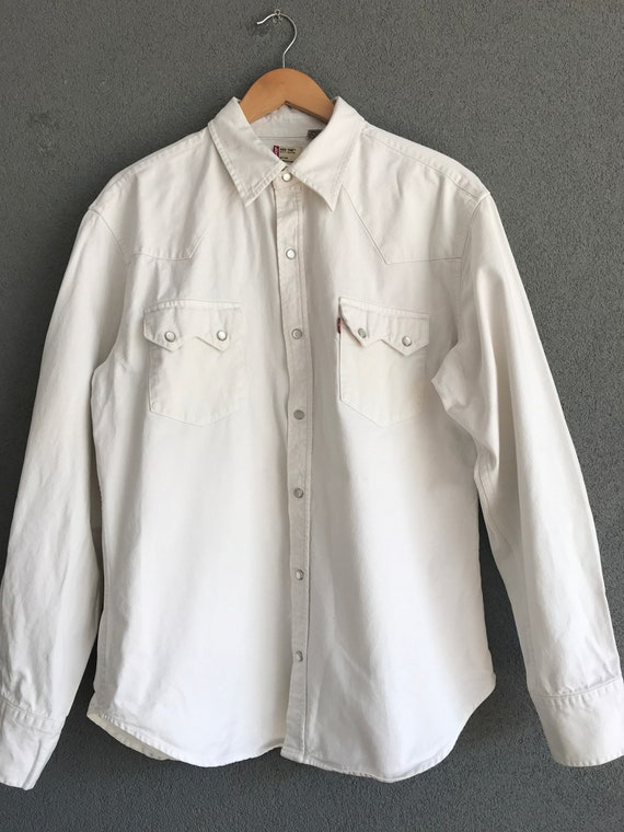 Vintage Levi's shirt | denim blouse | white Levi's blouse | Red tab shirt | Western style shirt | White cotton shirt | Unisex | boyfriend