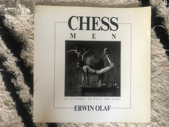 Erwin Olaf | Chess Men | Dutch Photographer | Photo book | Photo series | An attempt to play the game | Black and White | 1988 | Photo's