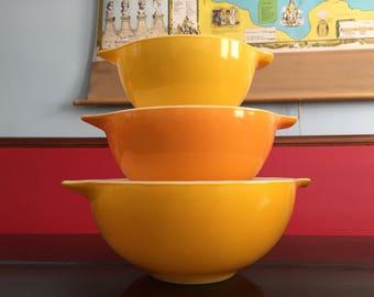 Vintage Pyrex Nesting Bowls Red Yellow Orange Cinderella Style Hot Summer Colors Retro Kitchen Mid Mod Midcentury Kitchen