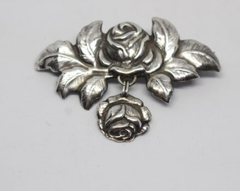 "Sterling Silver bROOCH -Designer signed ""BB STERLING"" floral vintage brooch"