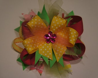 Beautiful large stacked bow. Perfect for Summer