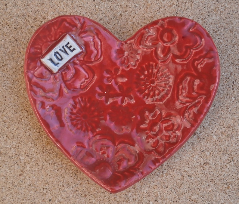 Red heart ring dish with LOVE and flowers   Purple ceramic Red Love