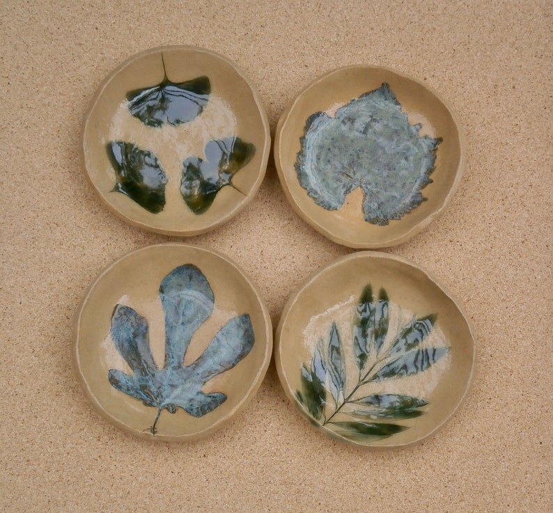 vine pottery candy tray Leaf ceramic dish Handmade Stoneware dessert dish - Trinket holder with leaves: fig small ginkgo or olive