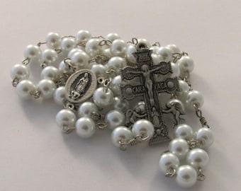 Cruz de Caravaca Our Lady of Guadalupe Santo Niño de Atocha White Pearl Handmade Catholic Rosary