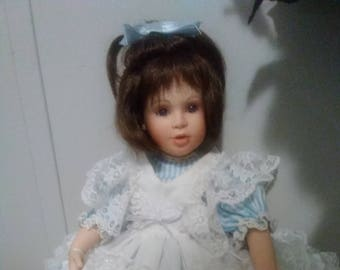 Lisa Cottage Collectibles  Porcelain Doll by Ganz  ARTIST PEGGY DEY