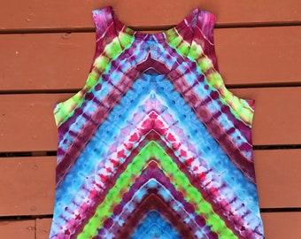 Bright geometric design tie dye vest size large