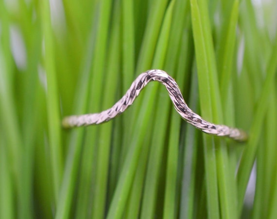 Gold Fill Ultra Thin Chevron Sparkle Ring