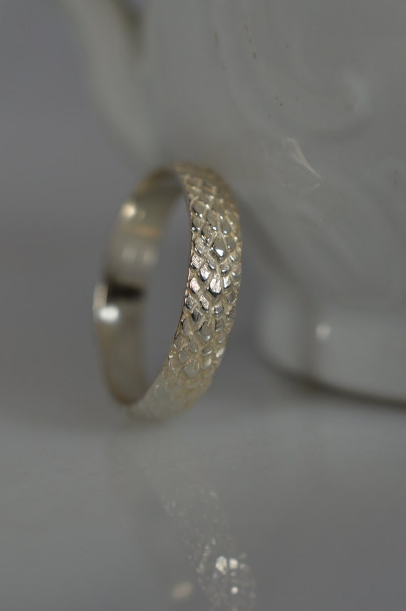 Sterling Silver  Snake Skin Pattern Ring - Silver Stacking Ring