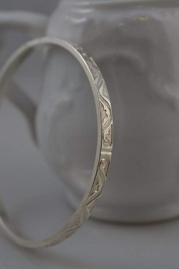 Sterling Silver Scroll Pattern Bangle Bracelet 925 Stacking Bracelet / Tribal / Swirl / Vine
