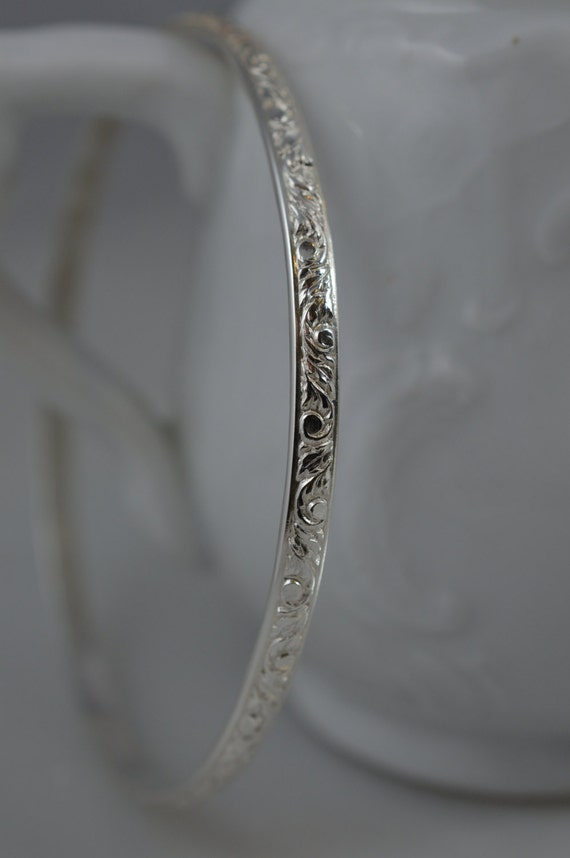 Vine Pattern Bangle Bracelet in Sterling Silver / 925 Skinny Stack/Stacking Bangle / Nature / Scroll / Floral