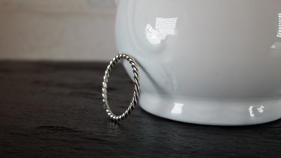 Sterling Silver Twist Rope Ring - Silver Stacking Ring / 925 Stack / Simple / Modern