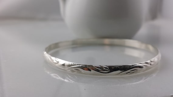 Sterling Silver Swirl Pattern Bangle Bracelet