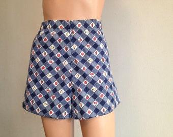 1970's Shorts High Waisted Shorts Strawberry Print Shorts Swimshorts Fruit Print Shorts Picnic Print Shorts Checkered Print Shorts Size M