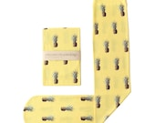 Strathcona Stockings Pineapple Printed Sock