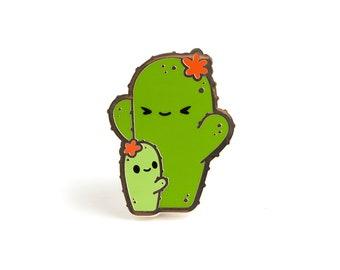 Cactus Hugs Enamel Pin - Hard Enamel Pin Cloisonné Prickly Cactus Lapel Pin Mama Cactus Pin Kawaii Saguaro Cactus Pin Cute Cactus Flower Pin