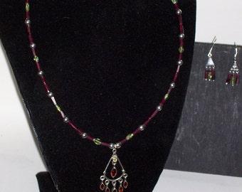 Necklace set Garnet and Peridot