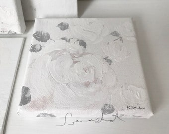 ROSES CALME De BLANC Pale White Roses Seawashed Shabby Chic French Notdic Jeanne D Arc Living Style