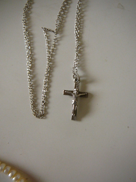 Vintage sterling silver cross and chain, Jesus cru