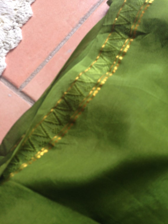 Crepe silk sari forest green pure silk yardage wit