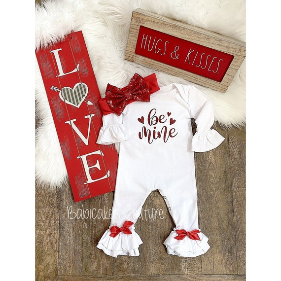 Red Hearts Romper Baby Girl Valentines Outfit 100/% Cotton