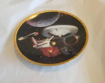 Hamilton Collection USS Enterprise NCC-1701 Star Trek The Voyagers Plate Collection
