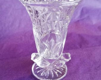 Lead Crystal Spooner, Bud Vase, 3 small birds at base, Chung Chung 24% Lead Crystal