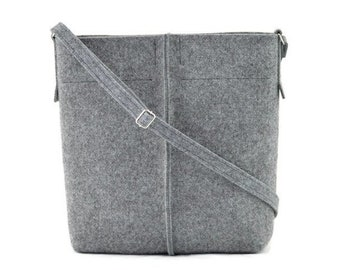 Crossbody purse 883ff2da62635