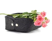 Minimalist jewelry storage felt bawl, charcoal felt box, plateu, small low storage box, nordic box, scandi design basket