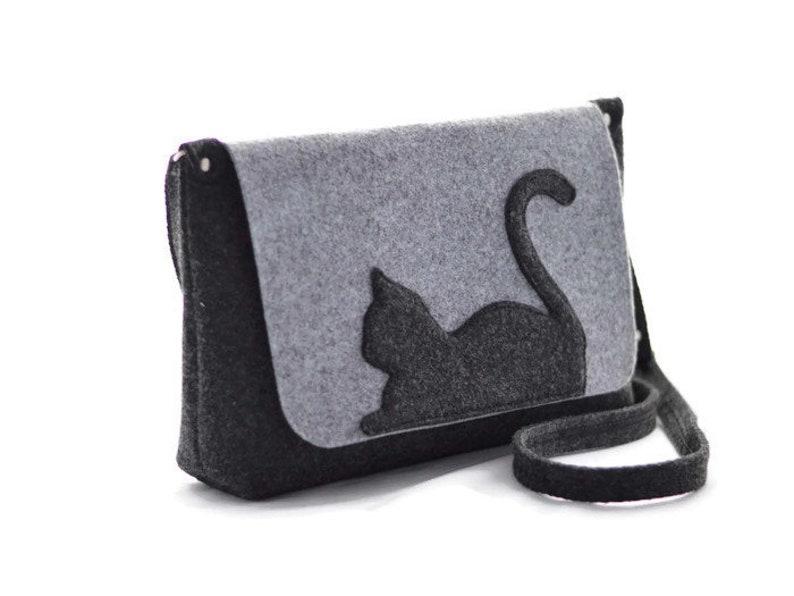 fcc33be2ffb Felt purse with cat Grey Medium Size Felt Bag with a Cat, Kitty, Cross  body, handbag, purse, felted, anthracite, modern, eco, cat purse,