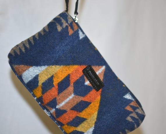 Pendleton® wristlet handbag bag pouch cell phone w