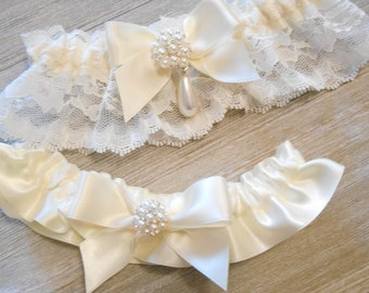 Wedding Garter Set Vintage Lace Ivory White and Off White/Light Ivory lace and Satin Petite Pearl Cluster