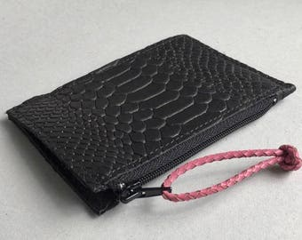 Leather wallet / small purse / coin case / card holder ZIPPY in black snake print leather. Leather slim wallet. Leather coin wallet