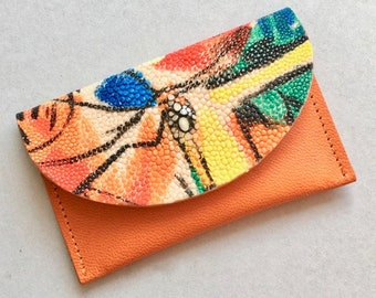 Slim wallet / coin case / Card holder in orange goat skin, decorated flap made of hand painted stingray. OOAK luxe wallet