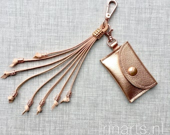 Leather coin case / envelope bag charm in rose gold French Chevre.  Luxury gift women
