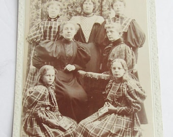 Cabinet Card Sisters in matching Plaid Victorian Family Photo