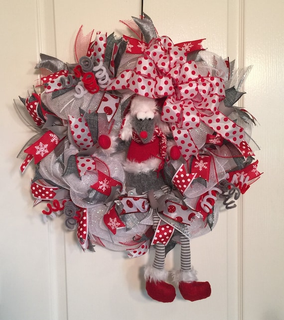 Christmas Dangle Leg Mouse Wreath-Christmas Front Door