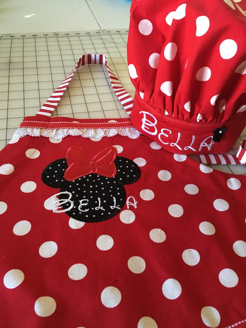 Custom Minnie Mouse Apron Child Apron Personalized Apron Standing Minnie Apron matching mitts Personalized Disney Apron little girl apron